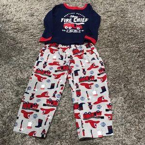 Size 4 Carter's pajamas